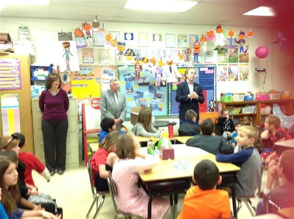 Hackettstown Rotary Visits Allamuchy 3rd Grade